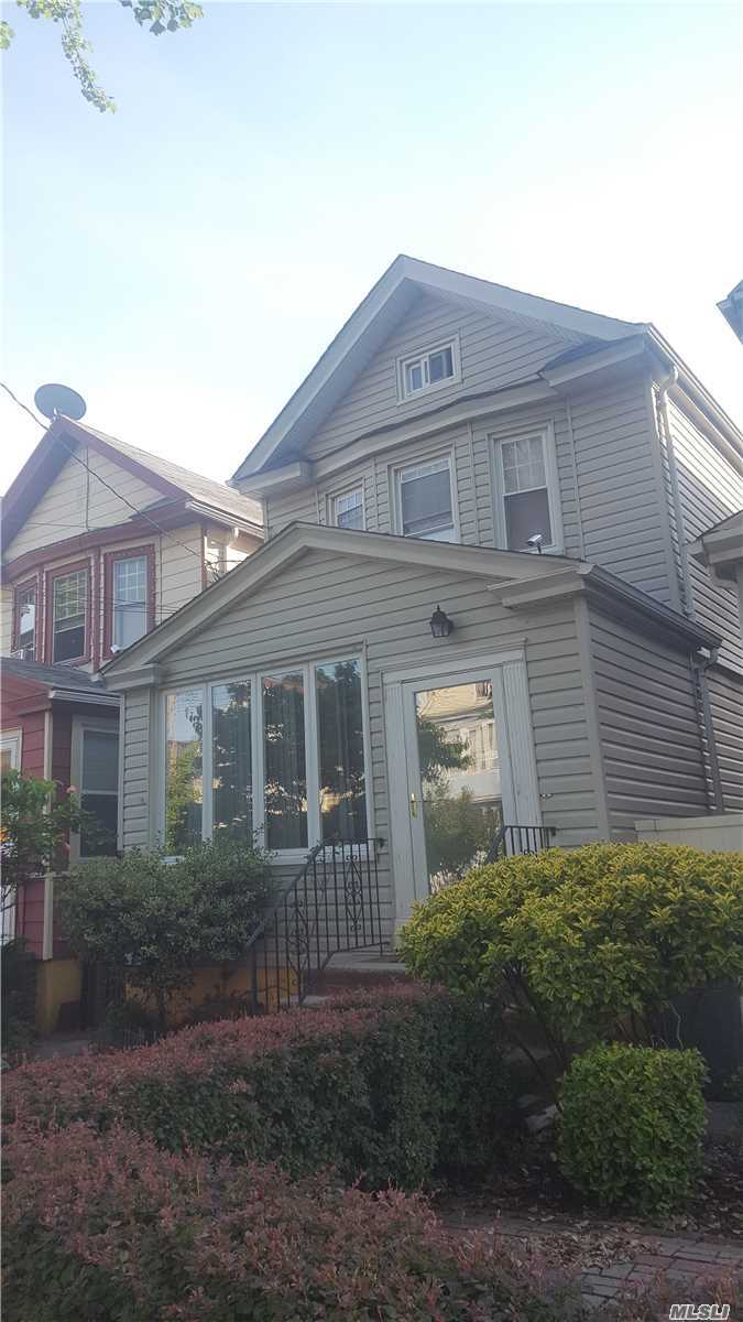 Photo of home for sale at 89-32 118th St, Richmond Hill NY