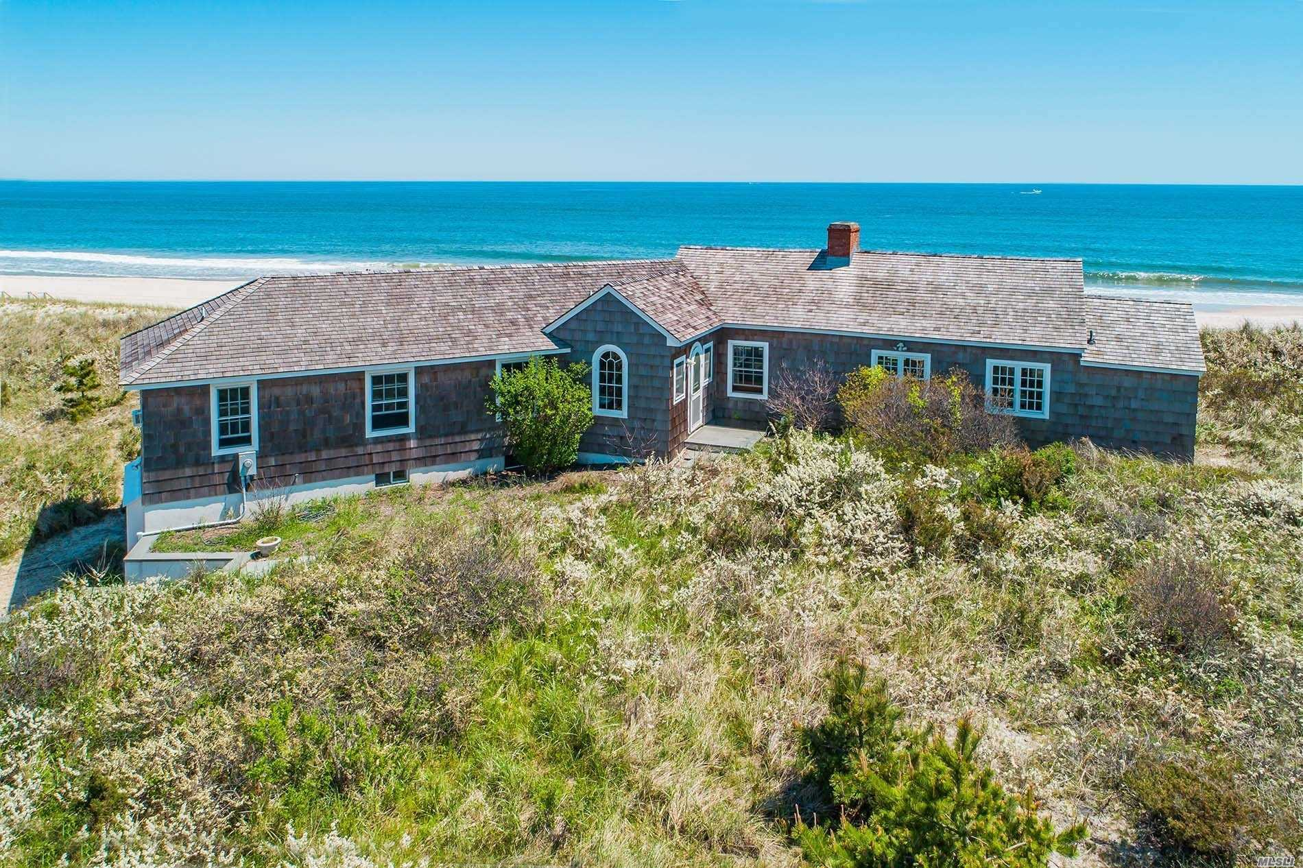 Property for sale at 154 Dune Rd, Quogue,  NY 11959