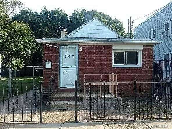Photo of home for sale at 102 Linden Ave, Hempstead NY