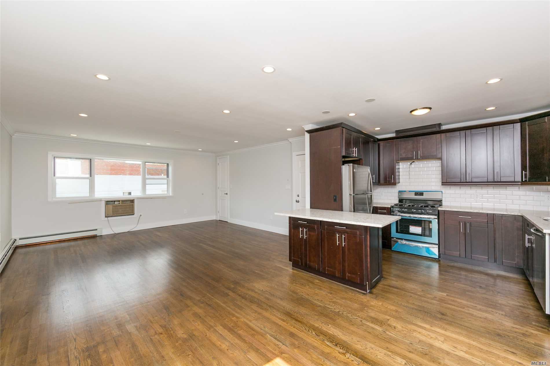 Photo of home for sale at 21-33 30th Dr, Astoria NY