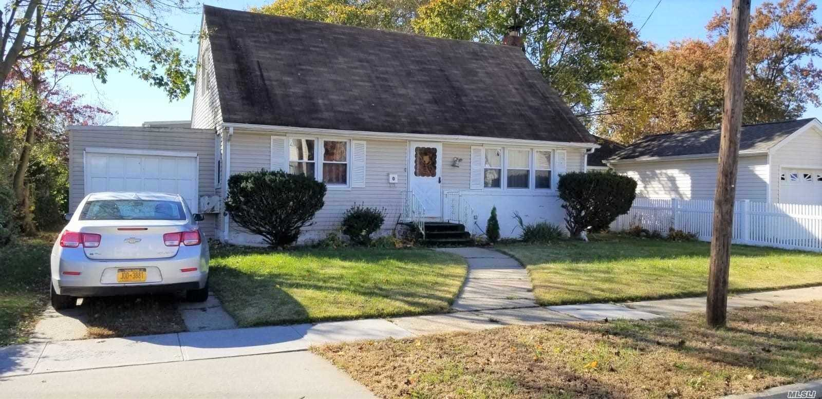 Photo of home for sale at 166 Booth St, Hempstead NY