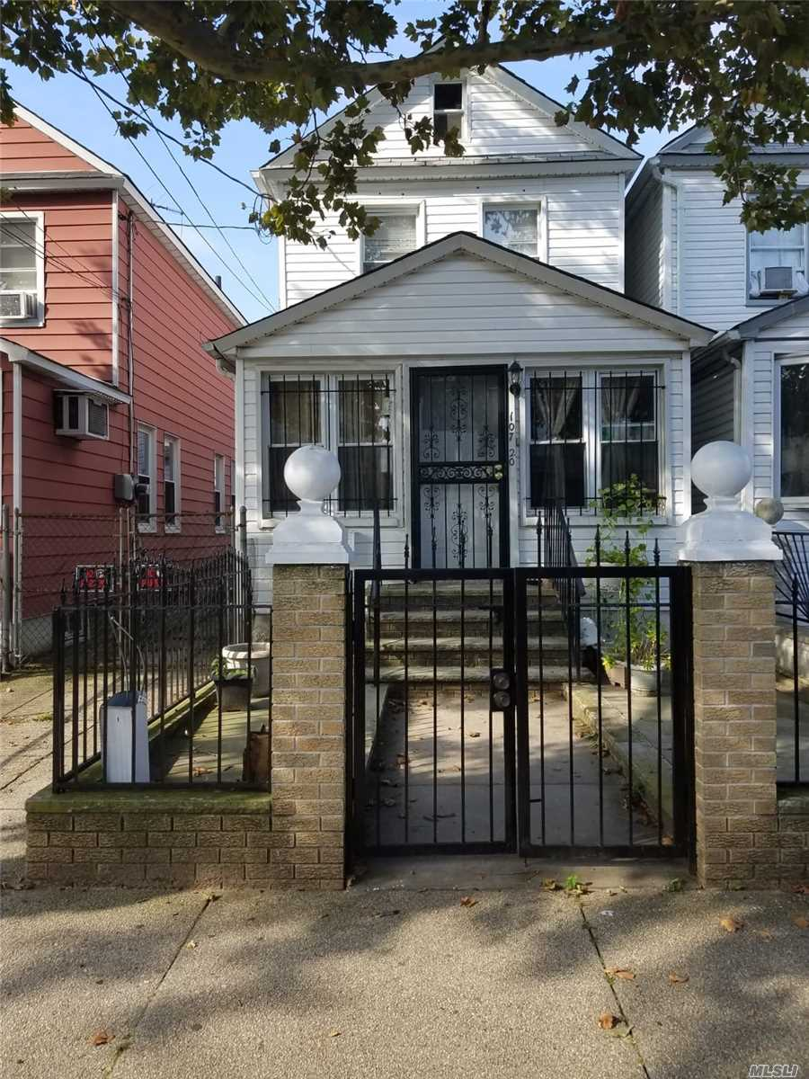 Photo of home for sale at 107-20 120th St, Richmond Hill NY