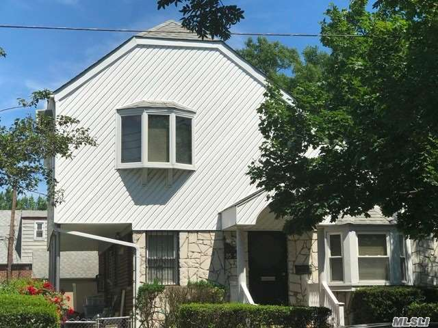 Property for sale at 85-59 257th St, Floral Park,  New York 11001