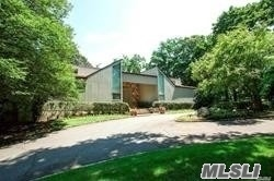 Property for sale at 273 Wheatley Rd, Old Westbury,  New York 11568