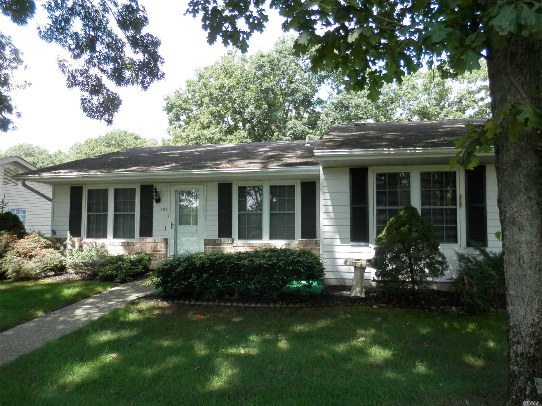 Property for sale at 487A Fairway Ct, Ridge,  NY 11961