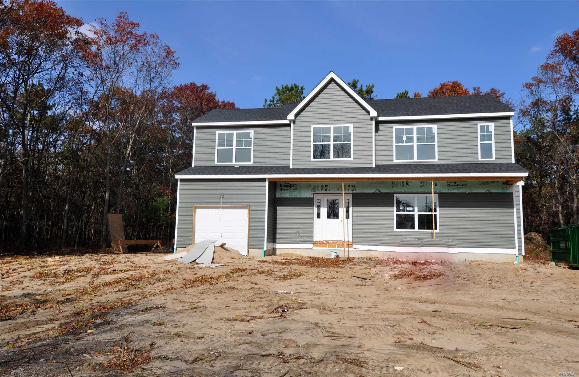 Photo of home for sale at 78 Country Rd, Medford NY