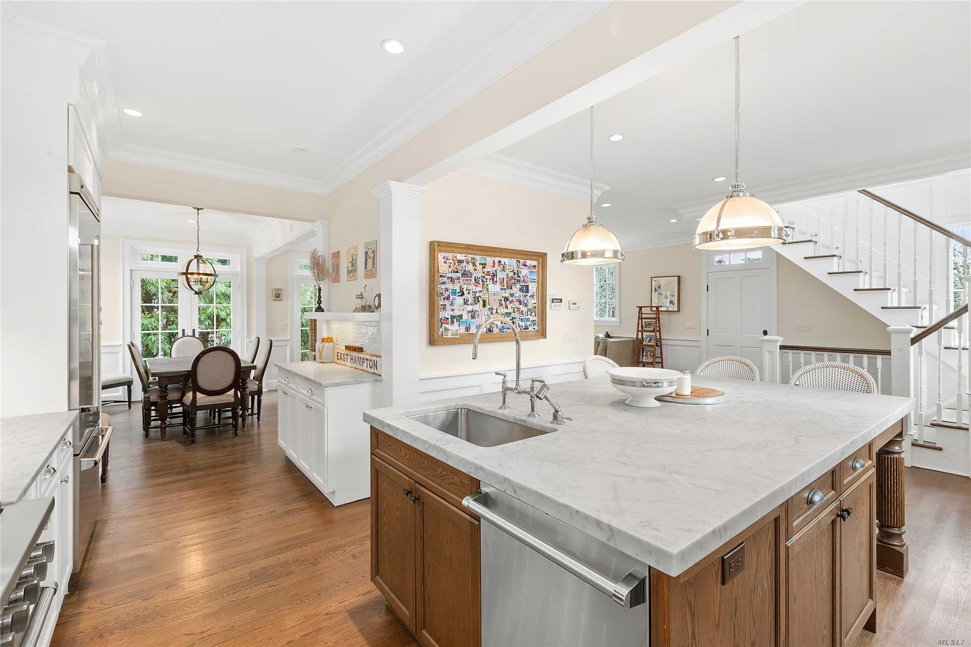 Photo of home for sale at 7 Sherrill Rd, East Hampton NY