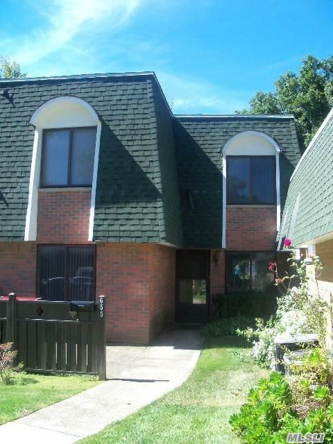 Property for sale at Medford,  NY 11763