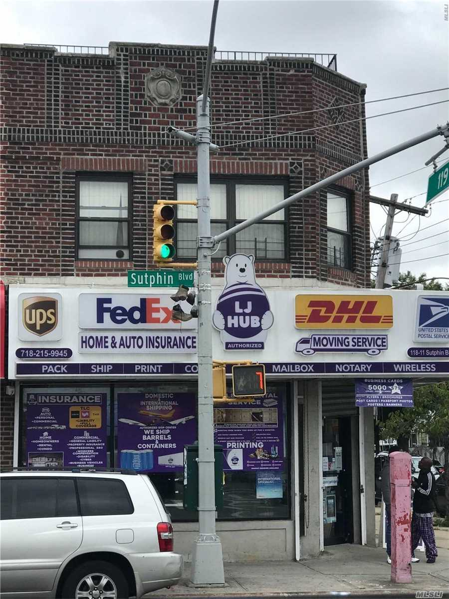 Photo of home for sale at 118-11 Sutphin Blvd, Jamaica NY
