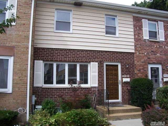 Photo of home for sale at 446 Corona Ave N, Valley Stream NY
