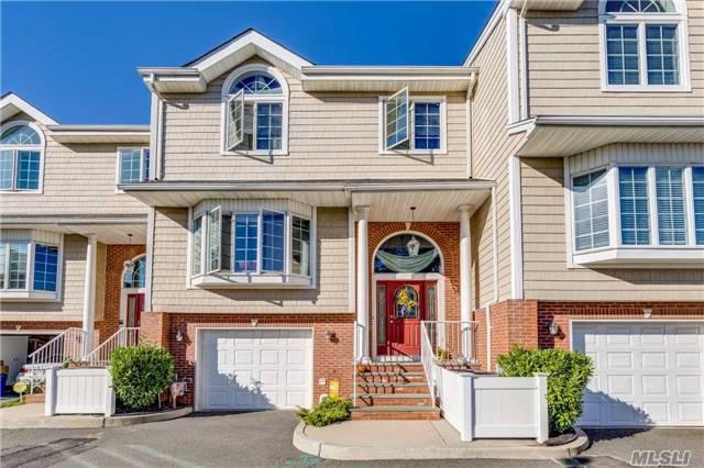 Property for sale at 200 Bermuda St, Atlantic Beach,  NY 11509