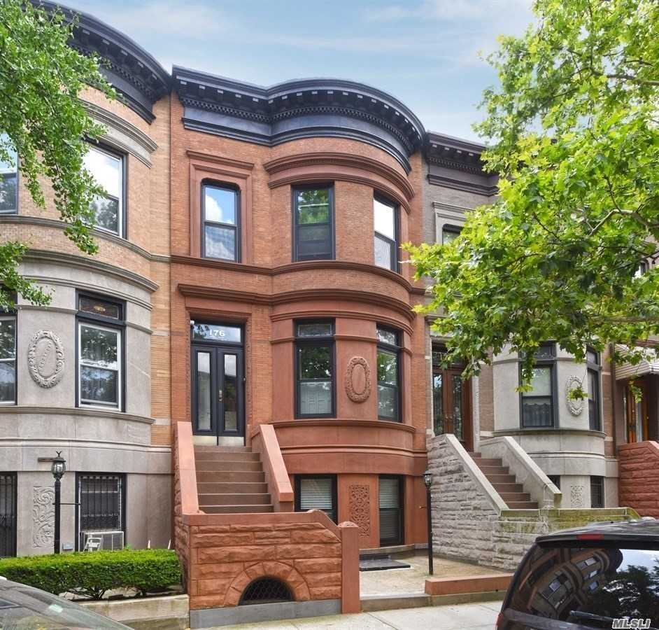 Photo of home for sale at 176 Midwood St, Brooklyn NY