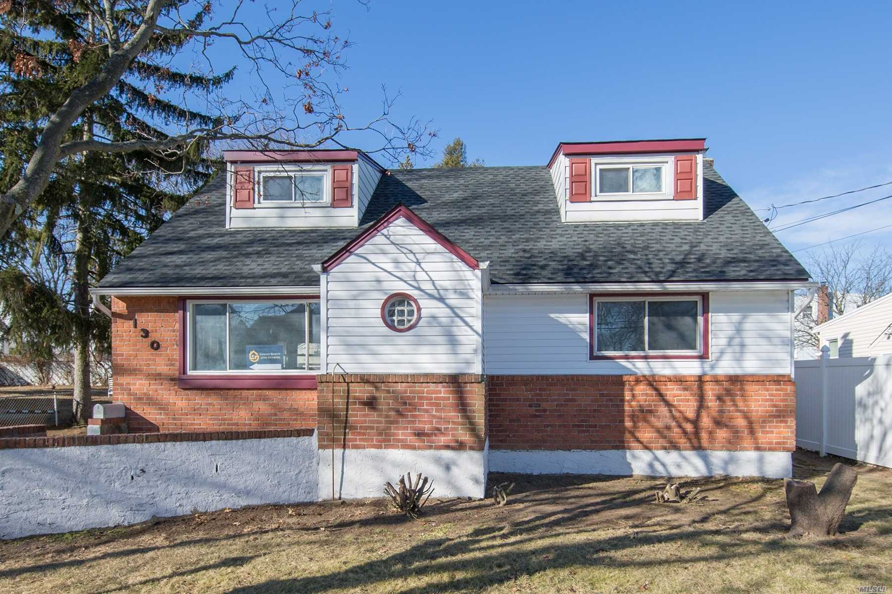 Photo of home for sale at 130 Butler Blvd, Elmont NY