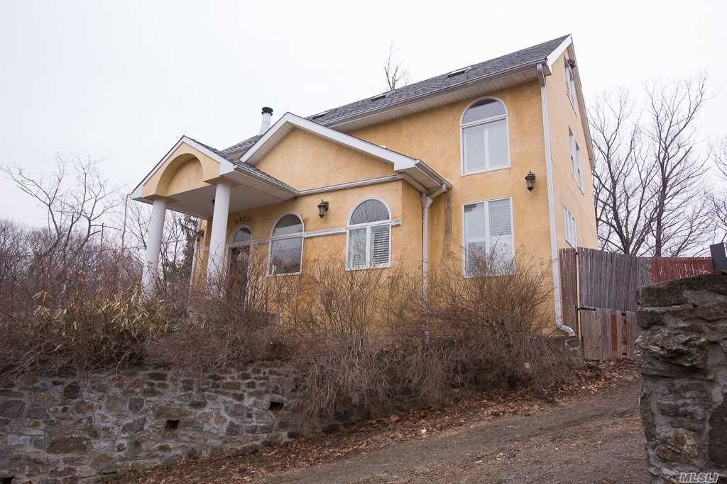 Photo of home for sale at 5422 A Sylvan Ave, Bronx NY