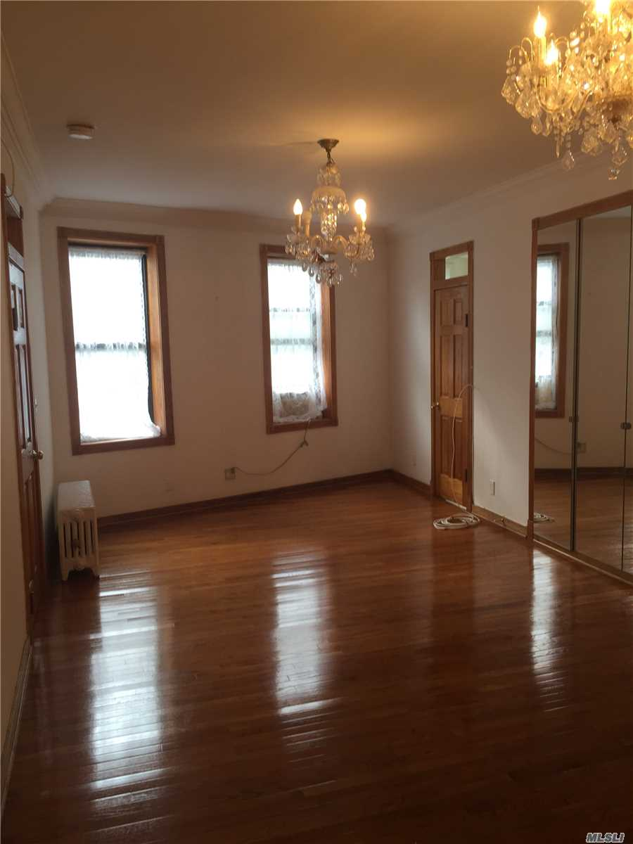 Photo of home for sale at 83-09 Lefferts Blvd, Kew Gardens NY