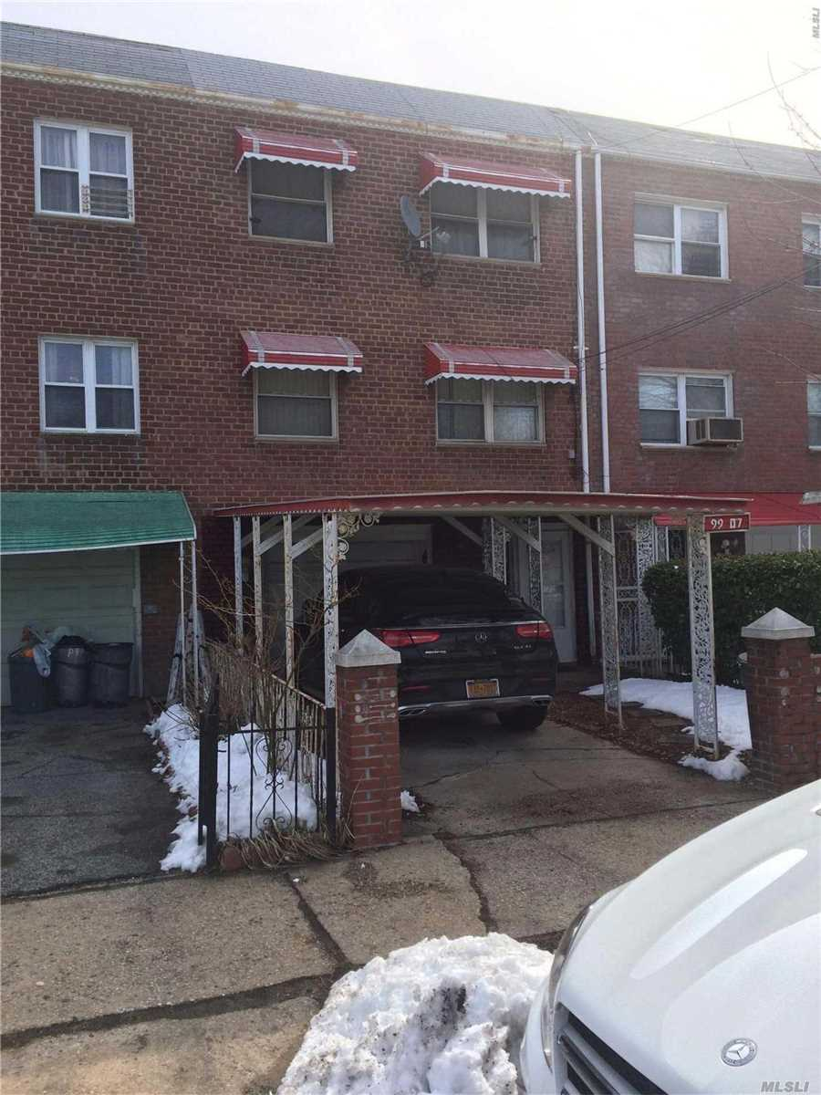Photo of home for sale at 99-07 216th St, Queens Village NY