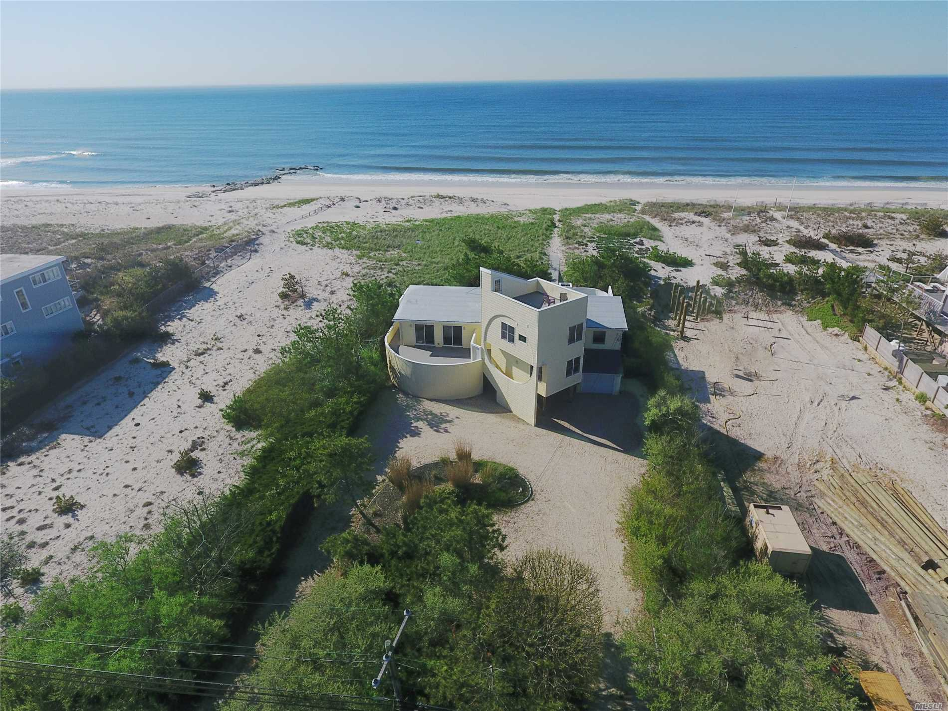 Photo of home for sale at 651 Dune Rd, Westhampton NY