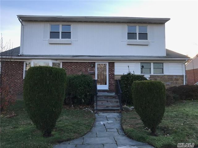 Photo of home for sale at 2307 Leighton Rd, Elmont NY