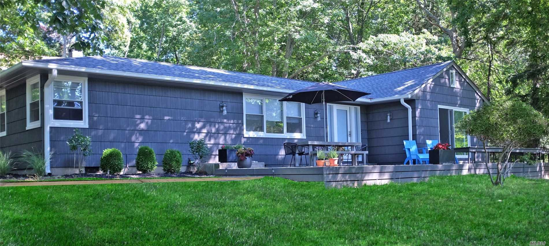 Photo of home for sale at 775 Hickory Rd, Southold NY