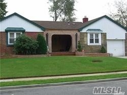 Photo of home for sale at 707 Lorentz St, Elmont NY
