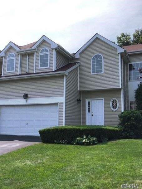 Property for sale at 5 Sunflower Ridge Rd, South Setauket,  NY 11720