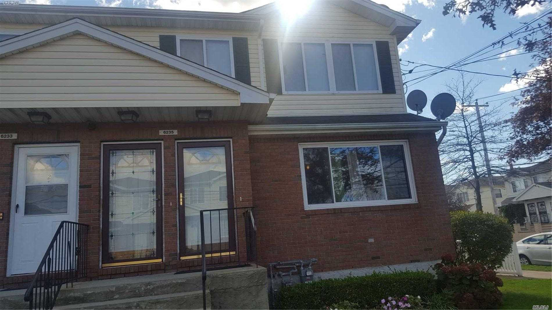Photo of home for sale at 62-35 Burchell Rd, Arverne NY
