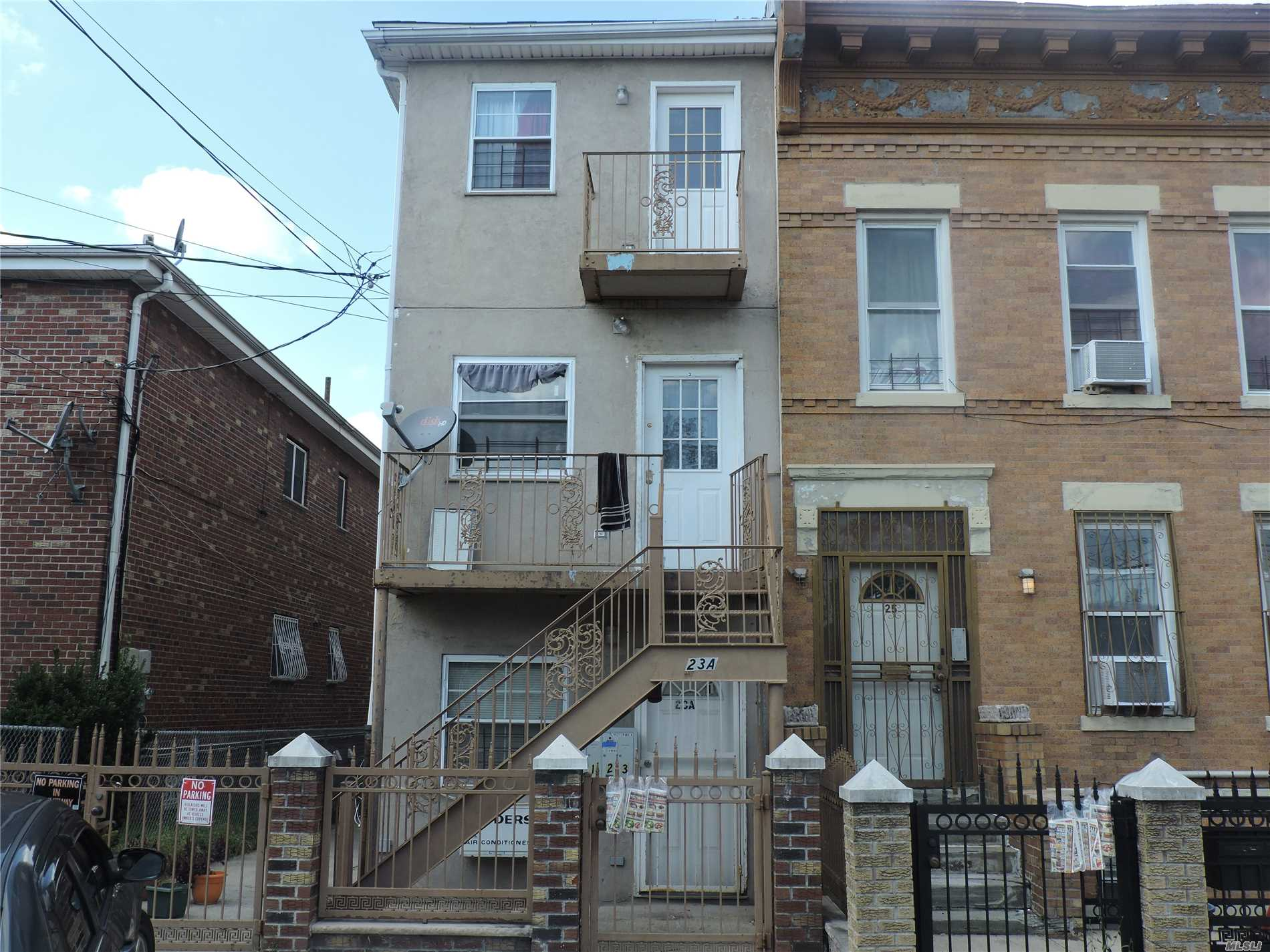 Photo of home for sale at 23 A Mcclancy Pl, Brooklyn NY