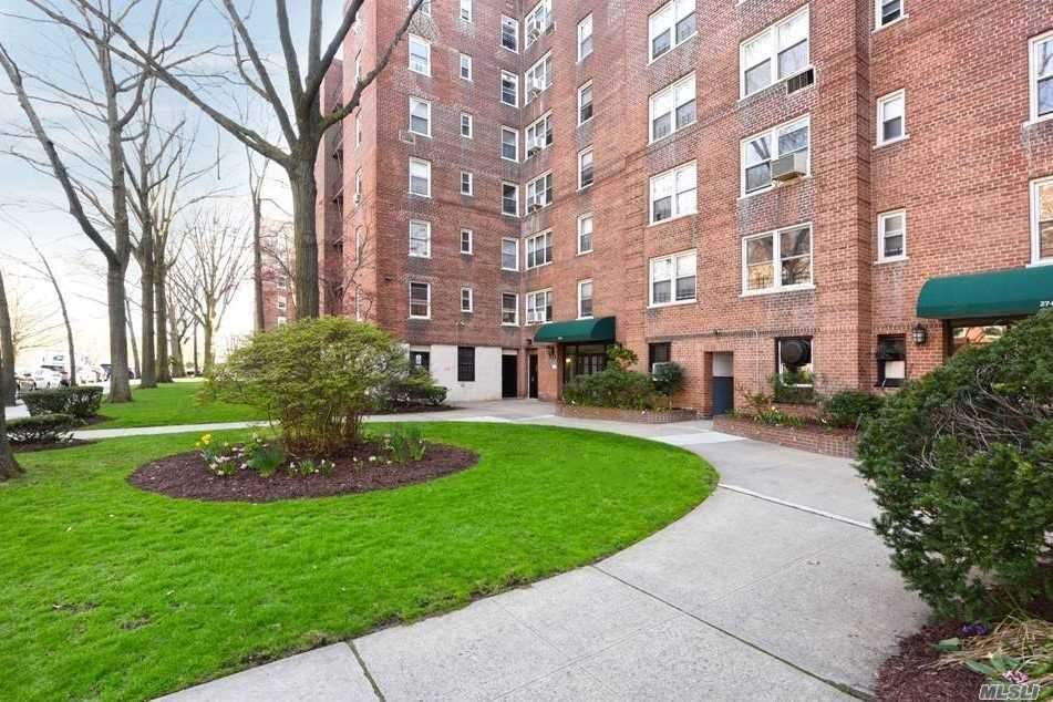 Photo of home for sale at 27-10 Parsons Blvd, Flushing NY