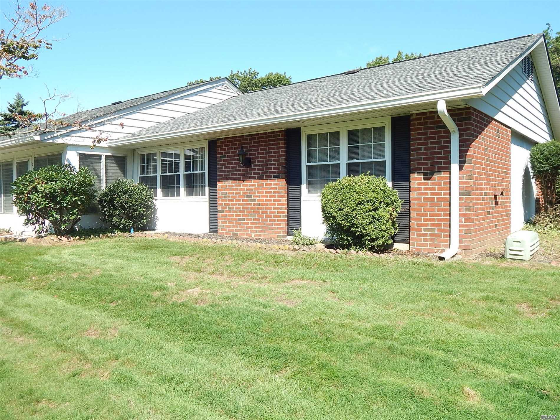 Property for sale at 215 B Woodbridge Dr, Ridge,  NY 11961