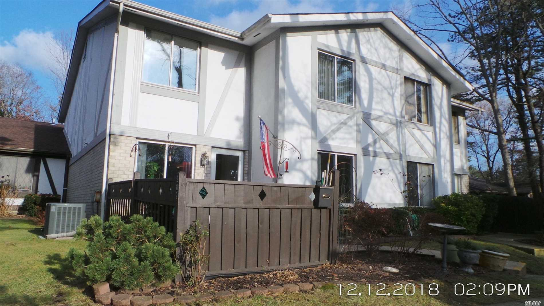 Photo of home for sale at 282 Birchwood Rd, Medford NY