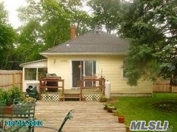 Photo of home for sale at 202 Montauk Hwy, Speonk NY