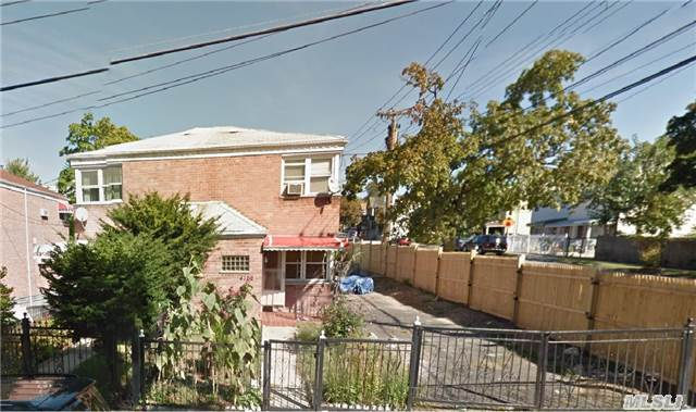 Photo of home for sale at 4102 Wilder Ave, Bronx NY