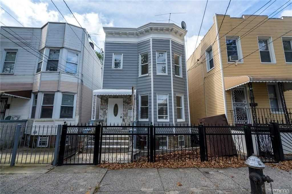 Photo of home for sale at 4033 Edson Ave, Bronx NY