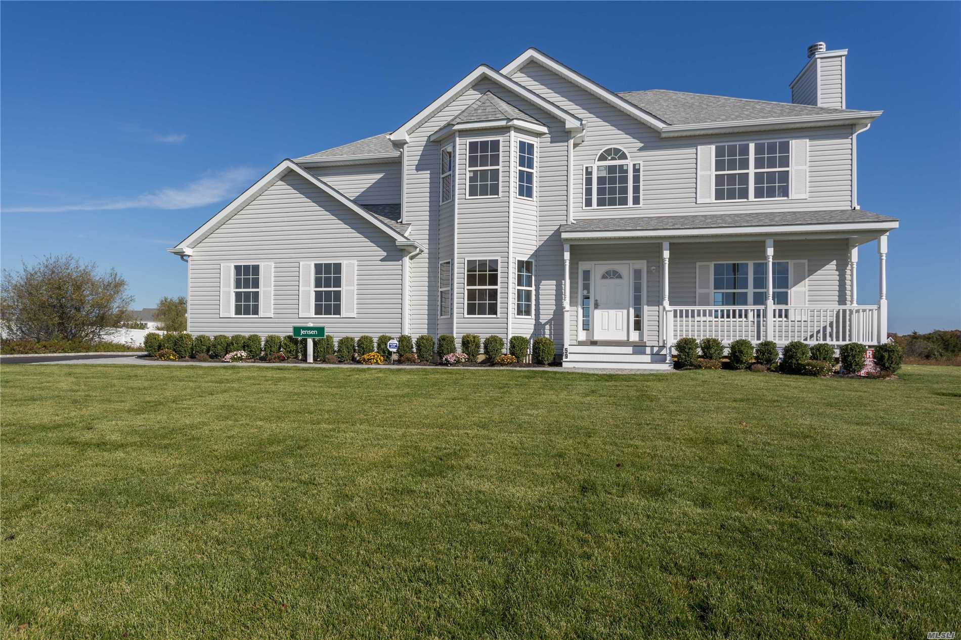 Photo of home for sale at N/C Woodland Ave, Manorville NY