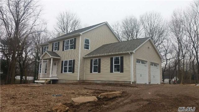 Photo of home for sale at W/S Mark Tree Rd, Centereach NY
