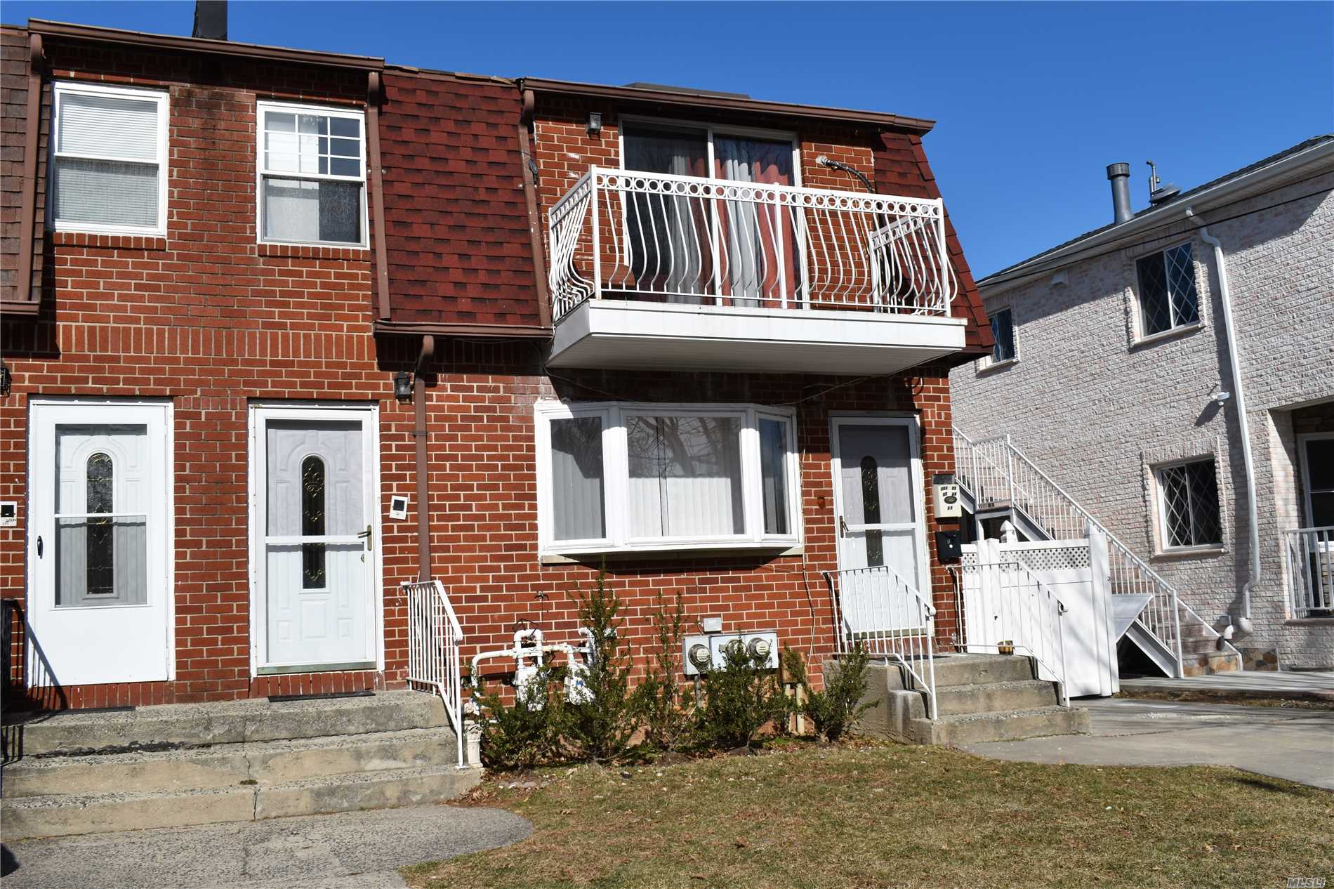Photo of home for sale at 251-25 57 Ave, Little Neck NY