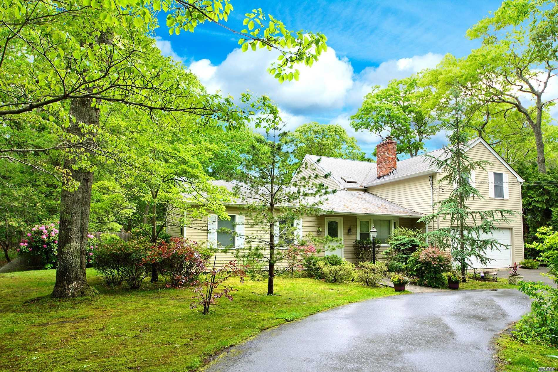 Photo of home for sale at 12 Groveland Ave, East Quogue NY