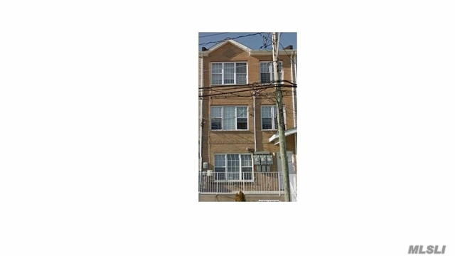 Photo of home for sale at 219 Beach 28th St, Far Rockaway NY