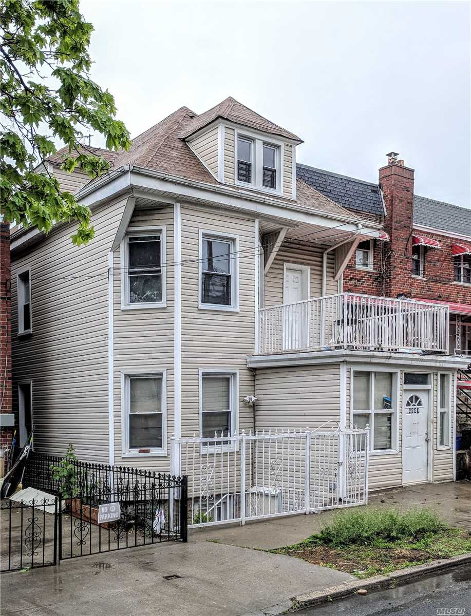 Photo of home for sale at 4047 Hill Ave, Bronx NY