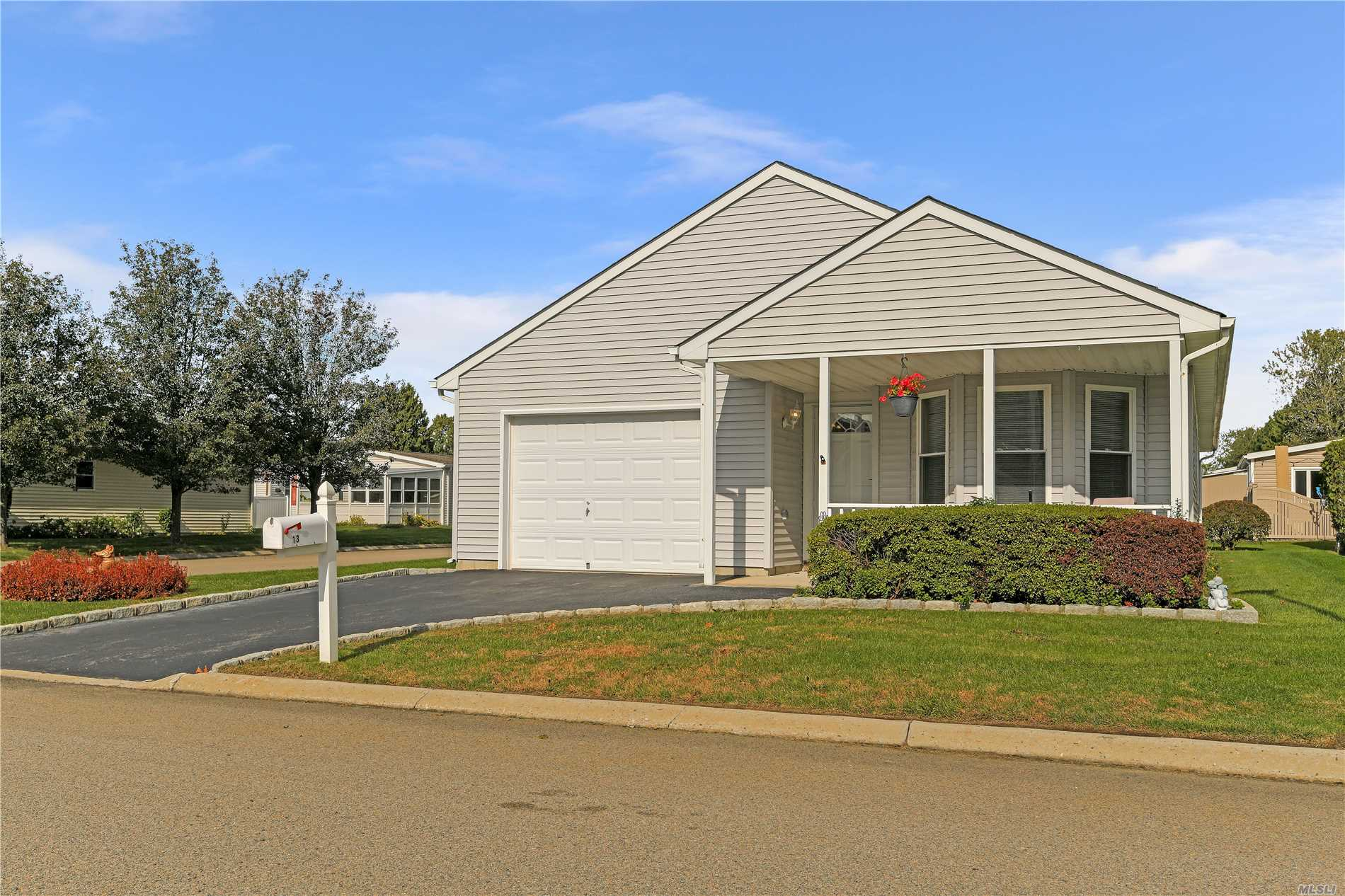 Property for sale at 13 Strawberry Patch Ct, Manorville,  NY 11949