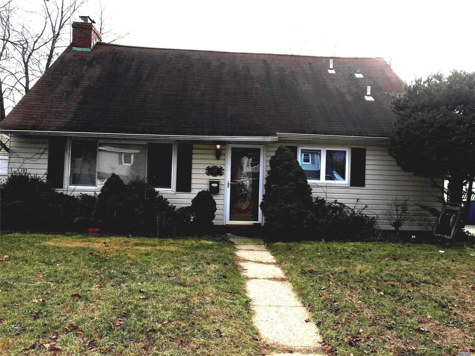 Photo of home for sale at 24 Gate E, Copiague NY