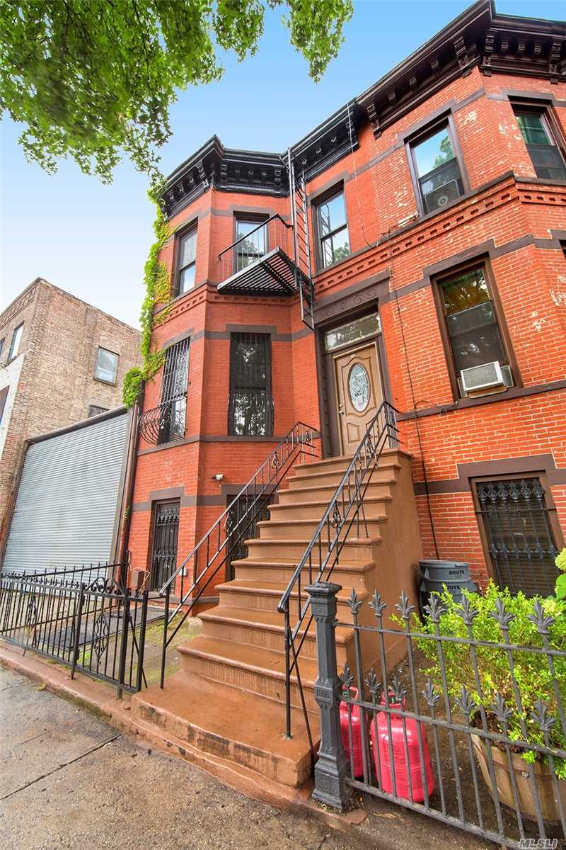 Photo of home for sale at 318 Van Buren St, Brooklyn NY