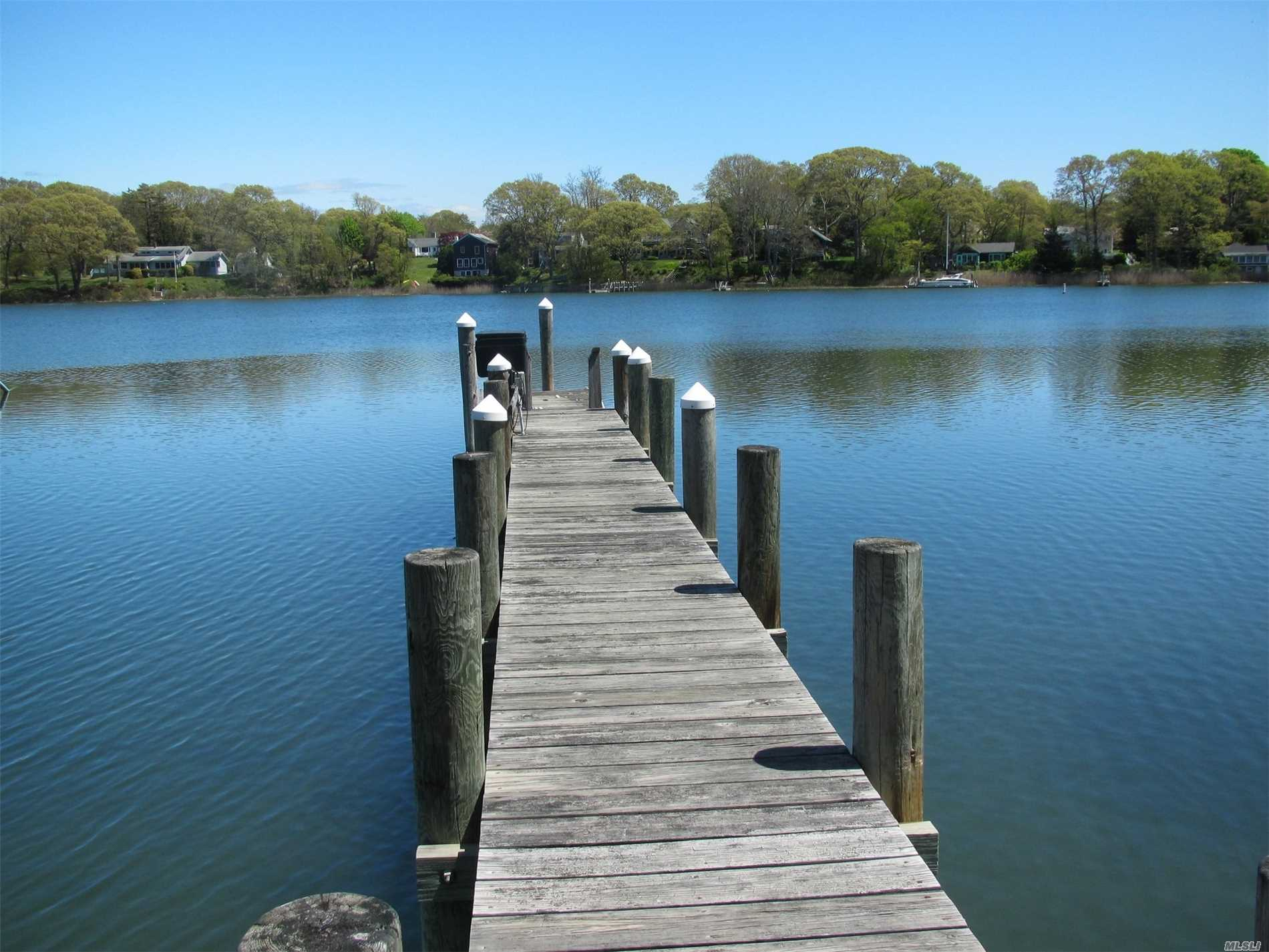 Photo of home for sale at 15 Dickerson Dr, Shelter Island NY