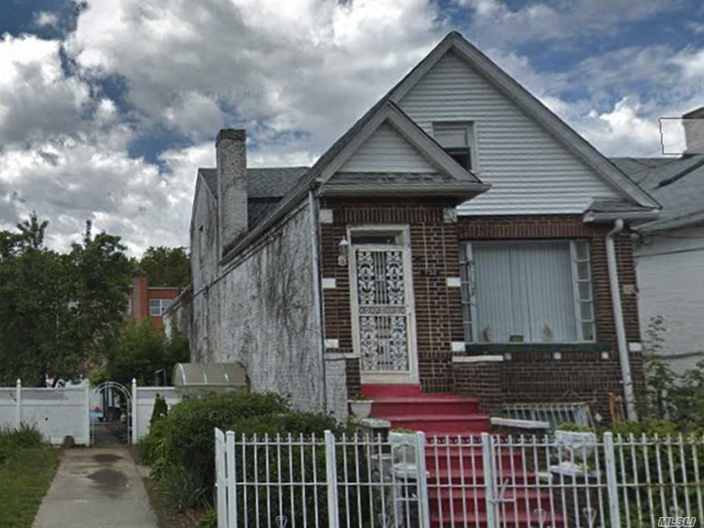 Photo of home for sale at 732 93rd St E, Brooklyn NY