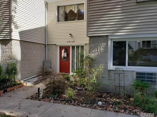 Property for sale at 42 Richmond Blvd, Ronkonkoma,  NY 11779