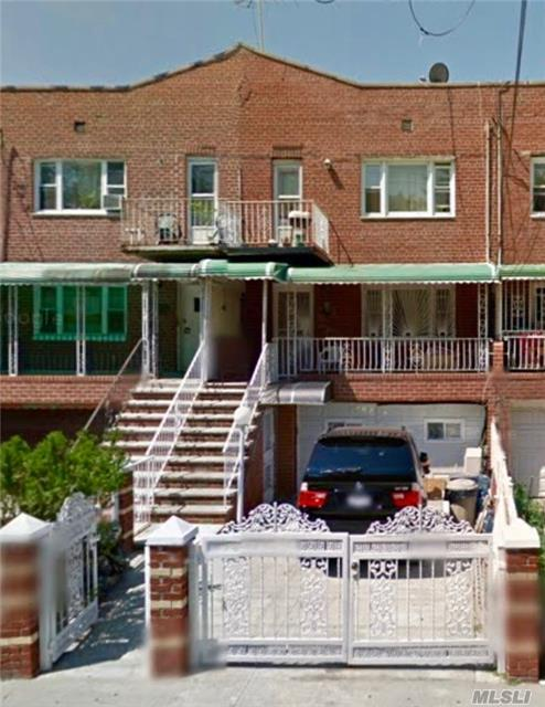 Photo of home for sale at 222 East 89th St, Brooklyn NY