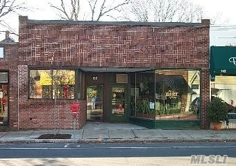 Photo of home for sale at 160 Main St, Port Washington NY