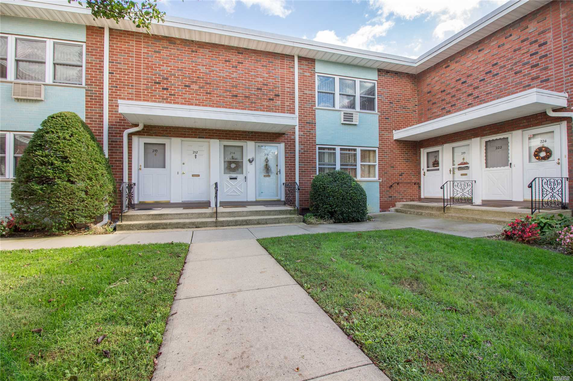 Property for sale at 216 Farber Drive, West Babylon,  NY 11704