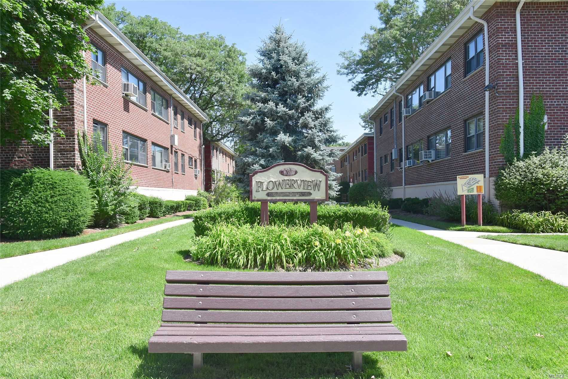 Property for sale at 91 Tulip Ave Unit B1, Floral Park,  New York 11001