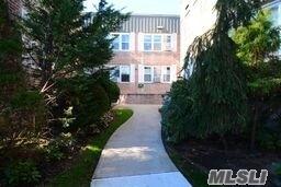 Photo of home for sale at 291 Cedarhurst Ave, Cedarhurst NY
